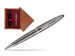 Długopis Waterman Carène Contemporary Gun Metal ST w pudełku drewnianym Mahoń Single Bordo